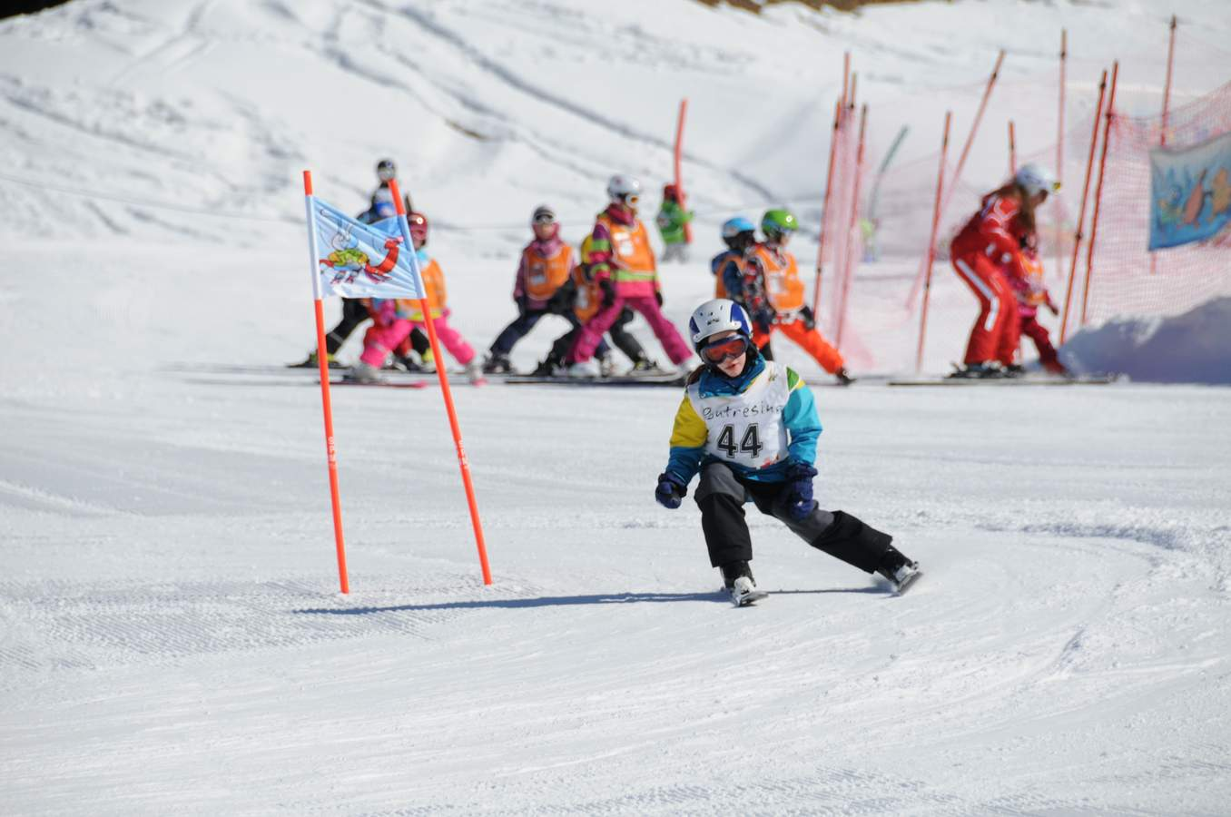 http://northbayskiracingclub.com/wp-content/uploads/2018/09/recreational-ski-racing-1.jpg